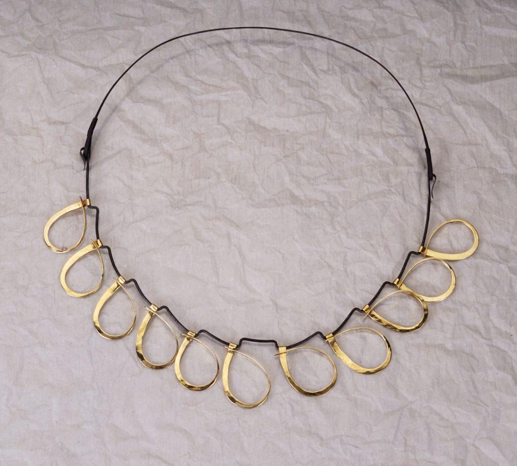 Necklace Drops, 2014, iron, bronze, diameter 16 cm